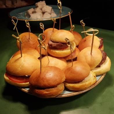 The Listing hamburgers