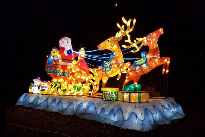Magical Lantern Santa and his sleigh