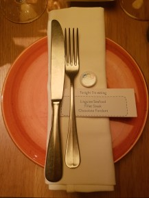 Gino table setting