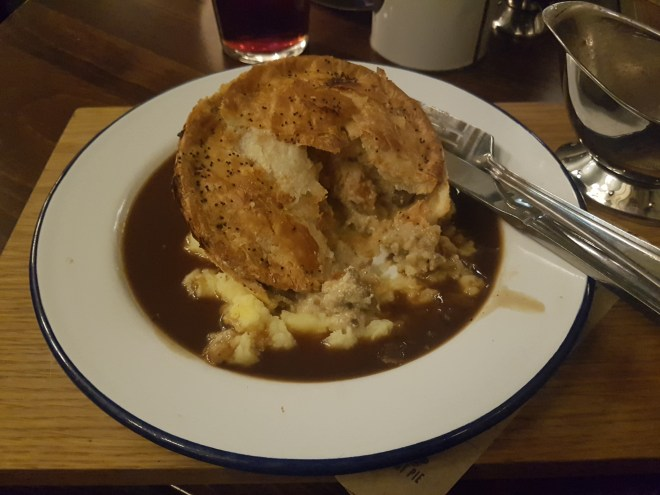 Pieminsters Chicken Pie