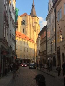 Prague wlaking street 1