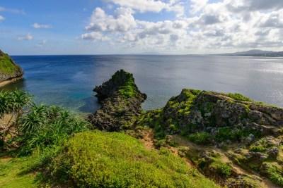 沖縄県恩納村の真栄田岬