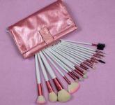 ♕ Kit de 18 pinceis rosa e branco ♕