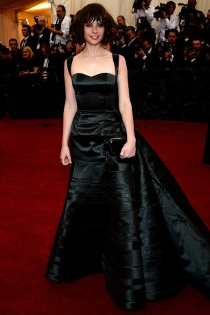 Felicity Jones de Olivier Theyskens