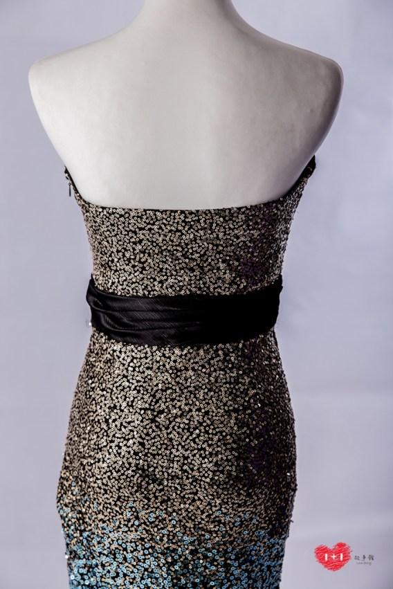 手工婚紗推薦:鑽白晶透玫瑰晚禮服