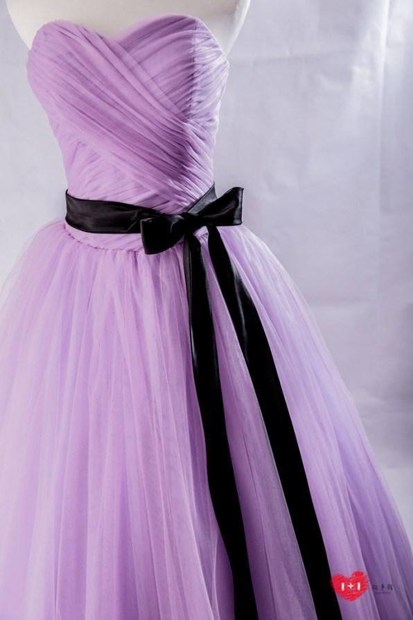 手工婚紗出租:皇家金邊晚禮服