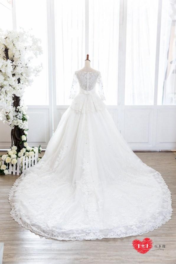手工婚紗:高貴繡鑽金騰禮服