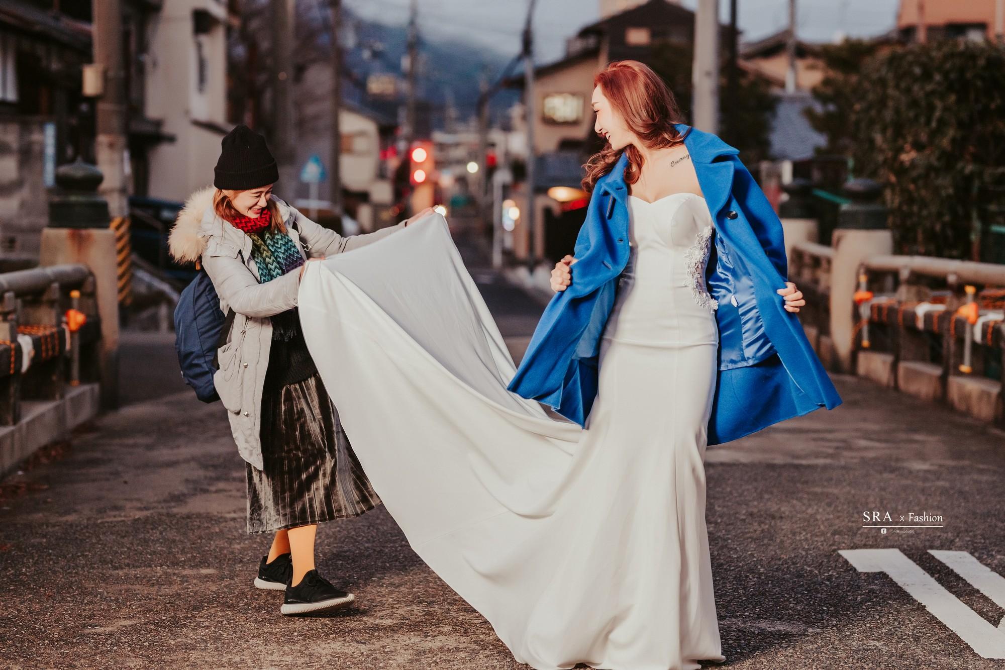 婚禮攝影師,新娘秘書,婚紗外拍,婚紗攝影師,婚紗禮服推薦,手工婚紗,婚紗工作室,攝影工作室,造型師團隊