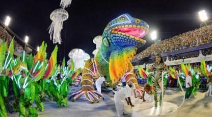 2013-carnaval-sambadrome-parade-3