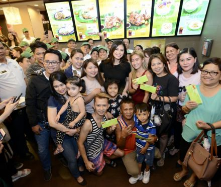 Teacher Eats: Mang Inasal successfully holds National Halo-Halo Sarap Day with Angel Locsin and Empoy