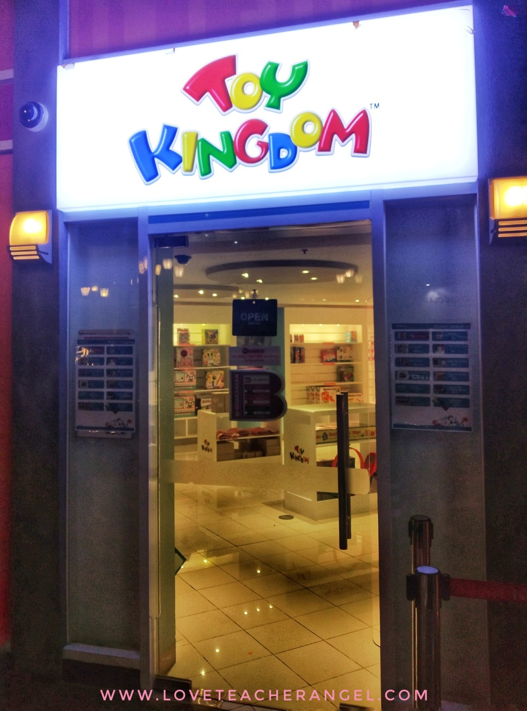 Teacher Insights: Play Two Roles at KidZania Manila Newest Toy Kingdom Department Store