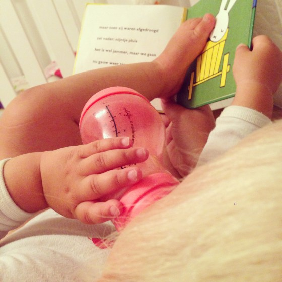 We lezen wel trouw iedere avond voor en ik maakte daar dinsdag eens een foto van!