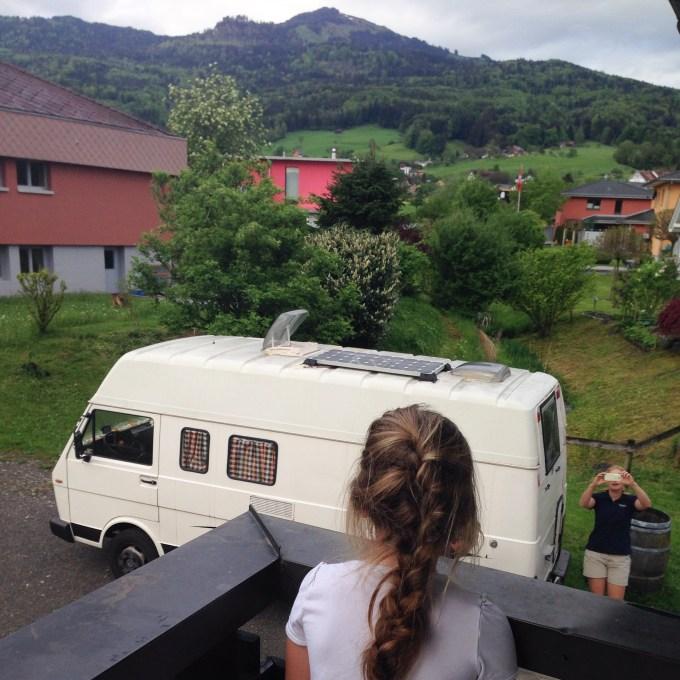 We kregen woensdagavond bezoek uit Nederland. Ze sliepen in de camper en al vroeg zwaaien we Liza en Akko weer uit.