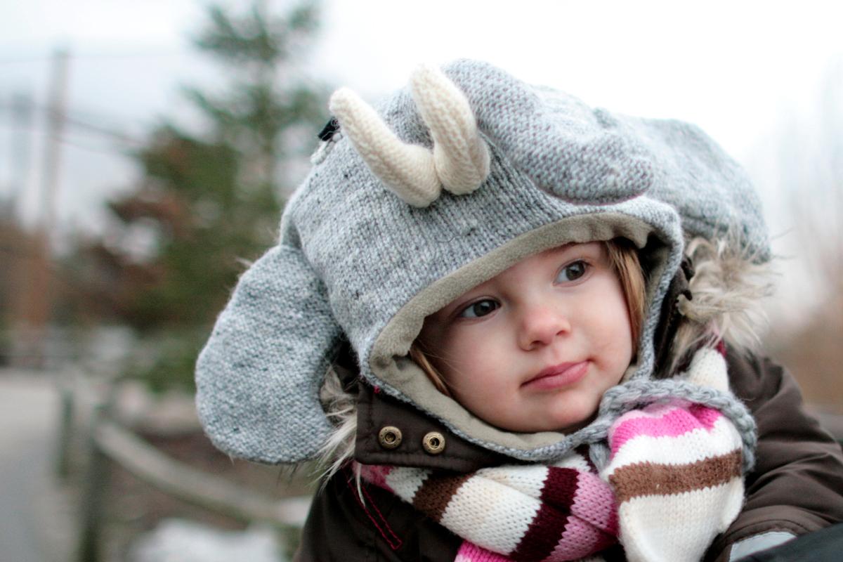 Eva 1 jaar oud - 2011  | De dag dat we deze muts kochten