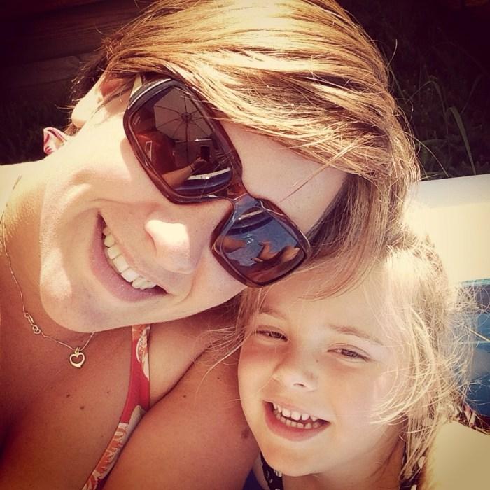 Die middag lag Eva heerlijk te snurken en lagen Eva en ik in het zwembad. Lekker en supergezellig!