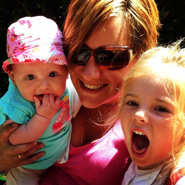 Rianne maakte deze gezellige foto van ons drieën. Het was echt heerlijk weer.