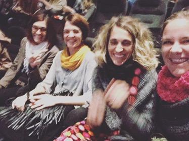 Dinsdagavond ga ik met vriendinnen naar de film. De eerste keer naar een nagesynchroniseerde film. Badmoms in het Duits. Hilarisch!