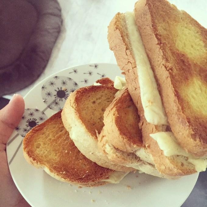 Woensdagmiddag eten we tosti's