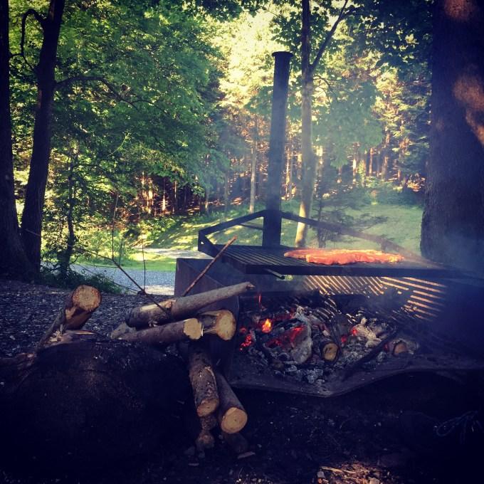 Steken we de barbecue aan