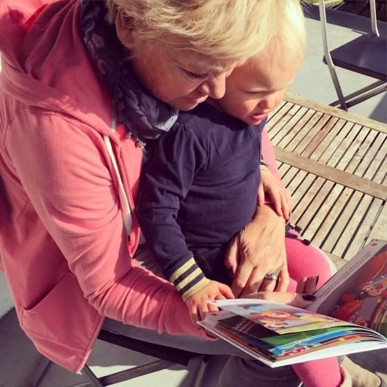 Wat lijken oma en Lia toch op elkaar!