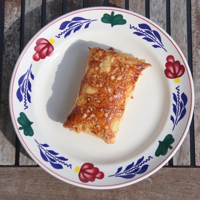 En voor de lekkere trek maakte ik superlekkere hollandse kaasbroodjes