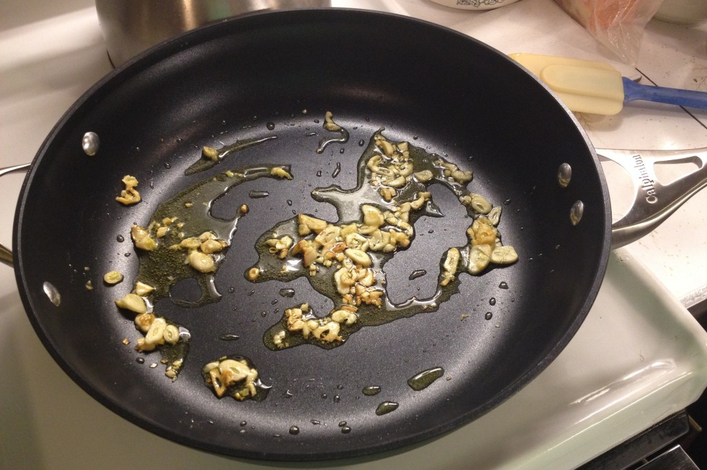 Calphalon skillet browning garlic.