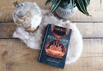Recensie - Evermore - Sara Holland