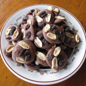 raisin peanut mendiants-1