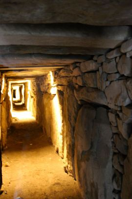 The passage at Knowth