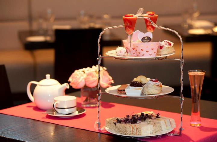 Pretty In Pink At The Park Plaza Afternoon Tea Review
