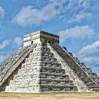 Chichén-Itzá Pyramid, Yucatan Peninsula, Mexico
