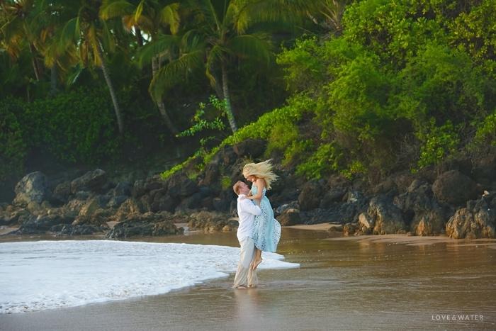 Maui-Engagement-Session_0019.jpg