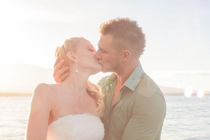Trash the dress kiss on Maui