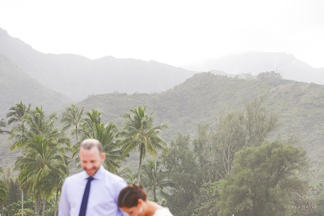 Hanalei Bay Elopement by Kauai Wedding Photographers www.lovewaterphoto.com #BHLDN #Kauai #BeachWedding #KauaiElopement #HanaleiBay