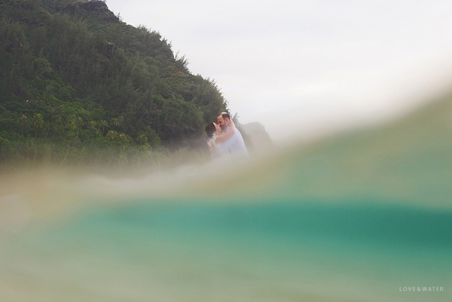 Hanalei Bay Elopement and Ke'e Beach Sunset by Kauai Wedding Photographers www.lovewaterphoto.com #BHLDN #BHLDNBride #Kauai #BeachWedding #KauaiElopement #HanaleiBay #HawaiiWedding