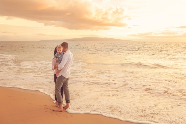 Maui-Family-Beach-Portraits_0076.jpg