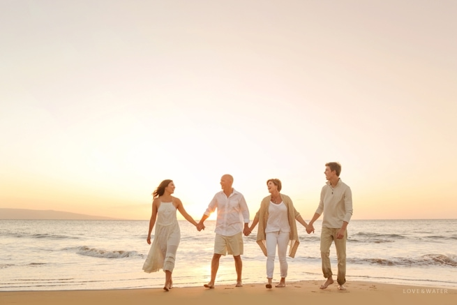 Maui-Photographers-Family-Portrait-Beach_0011.jpg