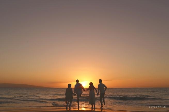 Maui-Photographers-Family-Portrait-Beach_0016.jpg