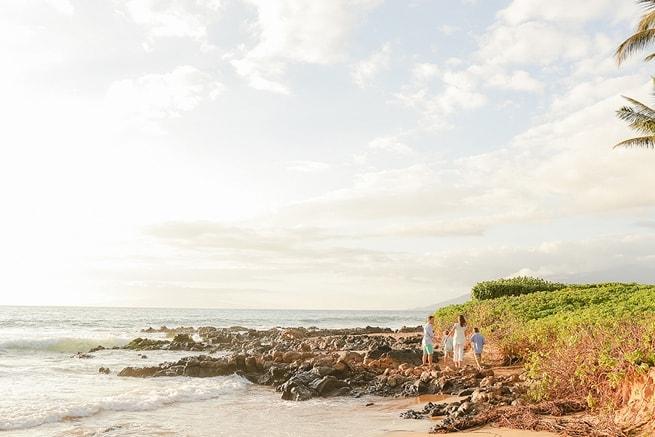 Maui-Vacation-Portraits-at-Beach_0154.jpg