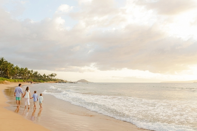 Maui-Vacation-Portraits-at-Beach_0162.jpg