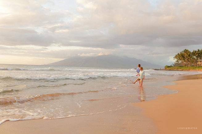 Maui-Vacation-Portraits-at-Beach_0170.jpg