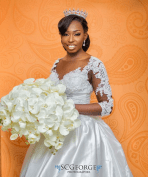 Photo: SC George | Bouquet: Camaka Bespoke Pieces