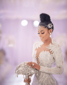 Keyshia Kaoir's Wedding Bouquet #TheManeUnion LoveWeddingsNG