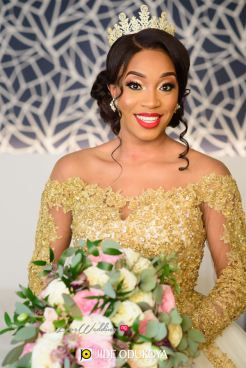 Nigerian Bride with Tiara and Bouquet LoveWeddingsNG #ForeverAHMUYours18