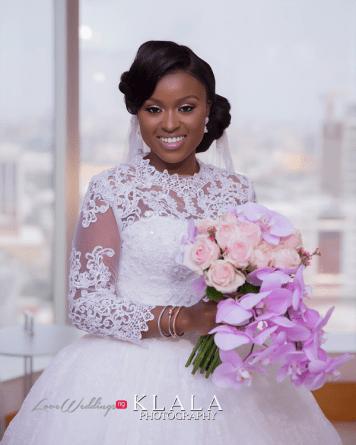 Nigerian Bride with a bouquet Folake and Ademola's Wedding #FAB2018 Klala Photography LoveWeddingsNG 2