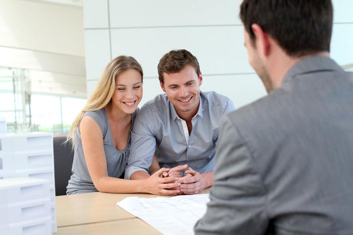 hire estate agent in UK
