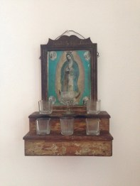Religious symbols, particularly La Virgen, is part of everyday life