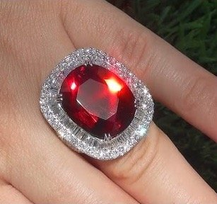 garnet gia certified 28.33 ct flawless pyrope garnet diamond ring