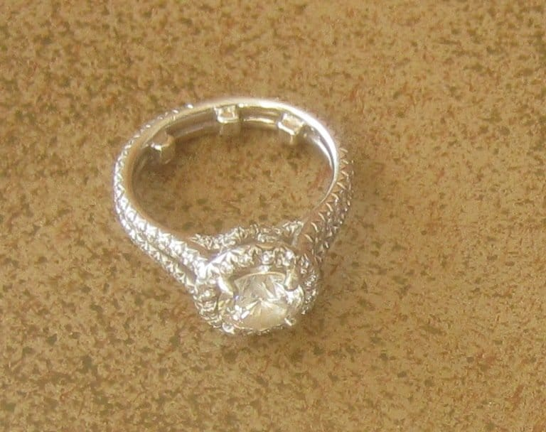 used engagement ring close up - Used Wedding Rings For Sale