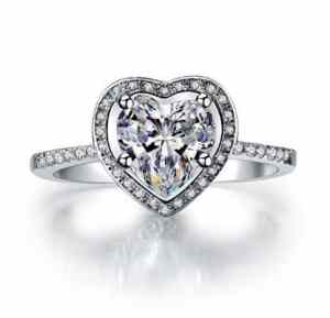 Luxury Quality Heart Shape Cut Micro Pave Setting Synthetic Diamond Engagement Ring 2 Carat Halo Diamond 925 Silver Ring